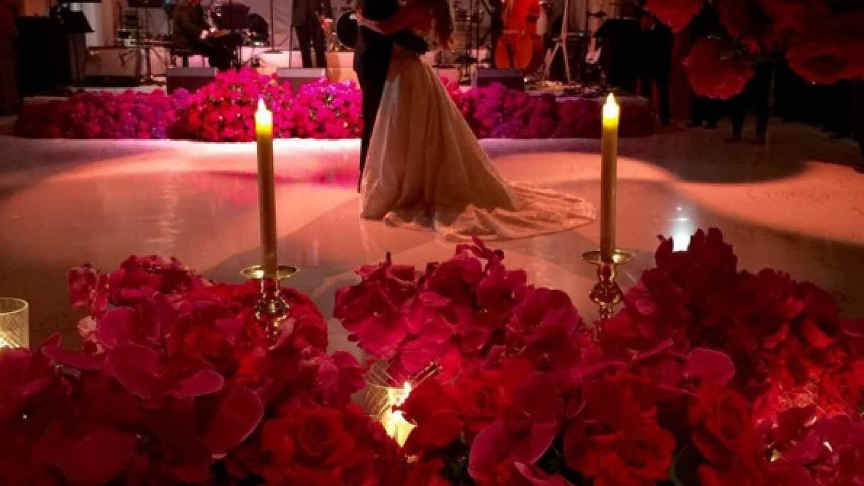 El vals nupcial ha sido uno de los momentos más románticos de la ceremonia