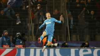 Shatov celebra su gol ante el Valencia.