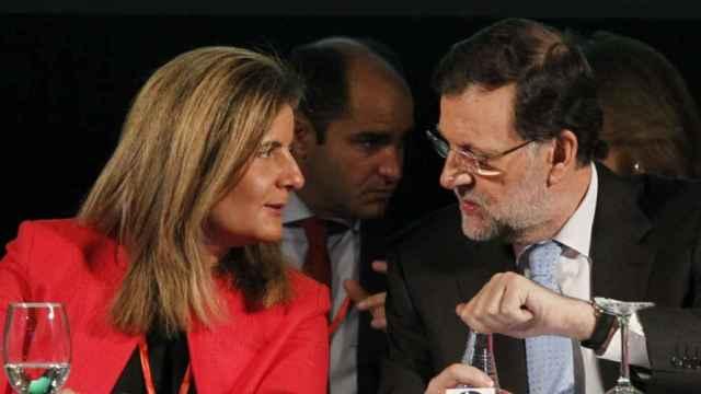 La ministra de Empleo en funciones, Fátima Báñez, y el presidente, Mariano Rajoy.