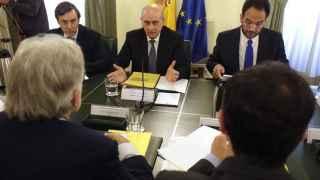 El ministro del Interior durante la comisión de seguimiento del pacto contra el terrorismo