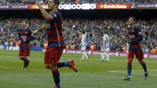 Luis Suárez celebra su gol ante la Real Sociedad.