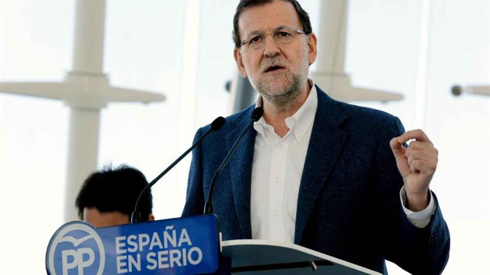 Rajoy vs Rivera: Puesta en escena y mensajes para ganar Valencia