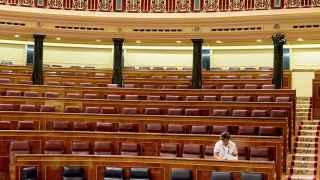 Nueva estimación: PP 117 escaños, PSOE 85, C's 66 y Podemos 40