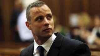 El atleta Oscar Pistorius durante su jucio por asesinato.