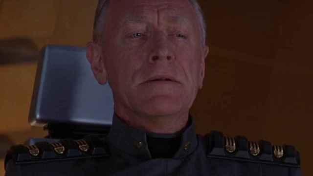 Max Von Sydow, como el juez Fargo en Judge Dredd