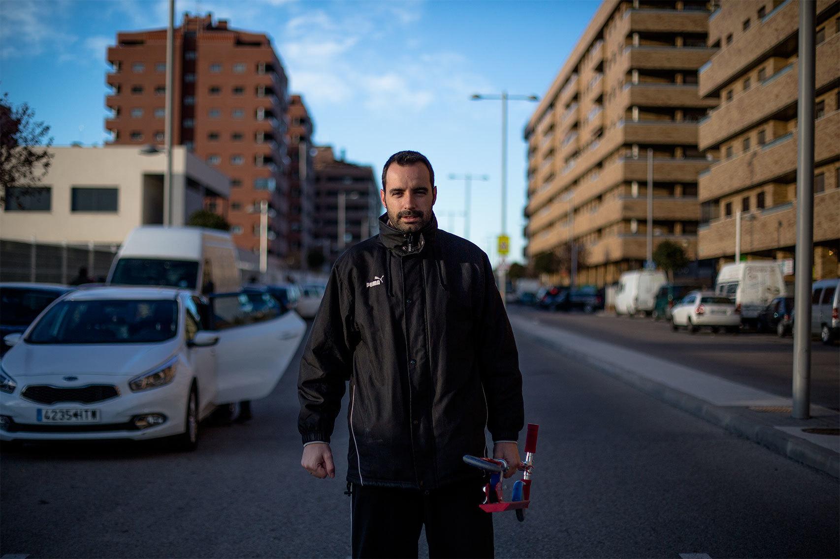 Pedro Muñoz, 33 años, dos hijos. Trabaja en Airbus, Getafe.