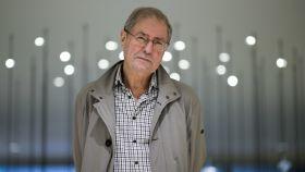 Azúa, escritor, filósofo y periodista, es miembro de la RAE