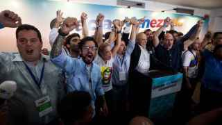 La oposición al chavismo gana las elecciones venezolanas, con 99 diputados