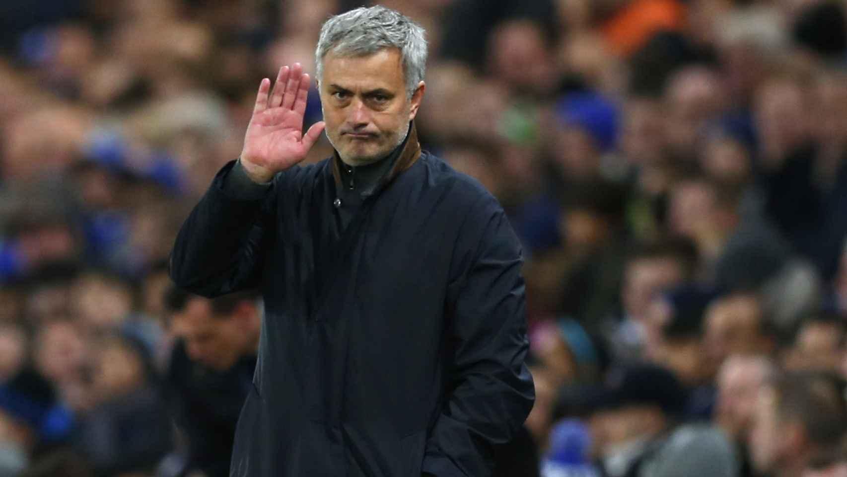 Mourinho pide perdón a los aficionados del Oporto