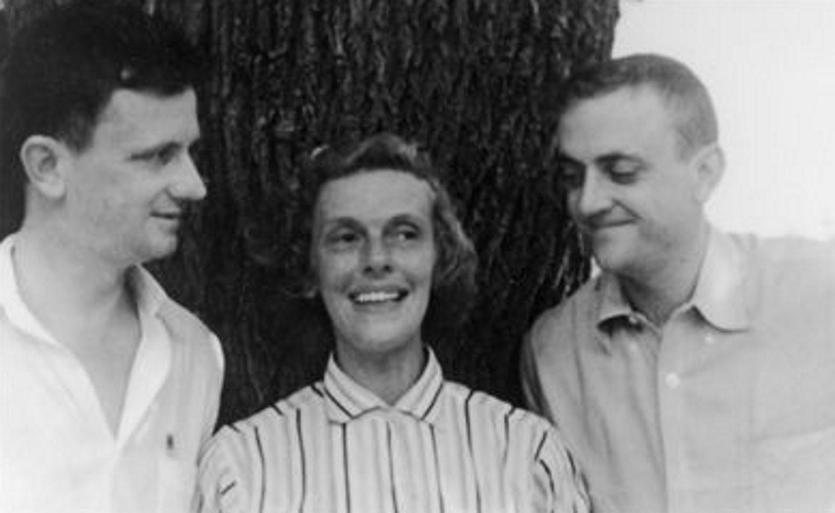 Los Beralikur, la combinación de los nombres de los tres hermanos: Bernie, Alice y Kurt.