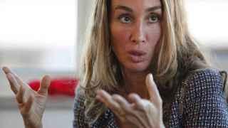 La doctora Elisa Pinto durante su visita a la redacción de EL ESPAÑOL en marzo.