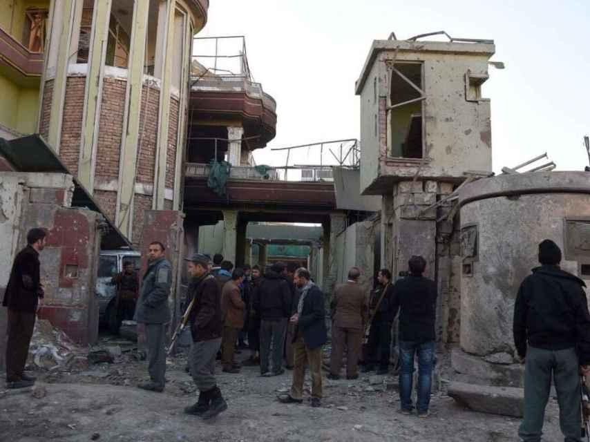La embajada después del ataque.