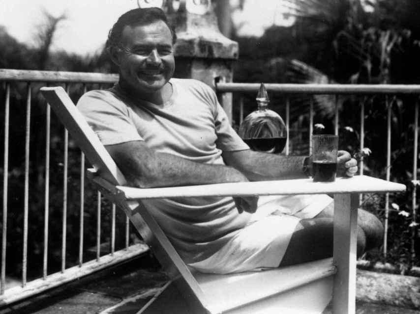 El escritor en su casa cubana en 1946.