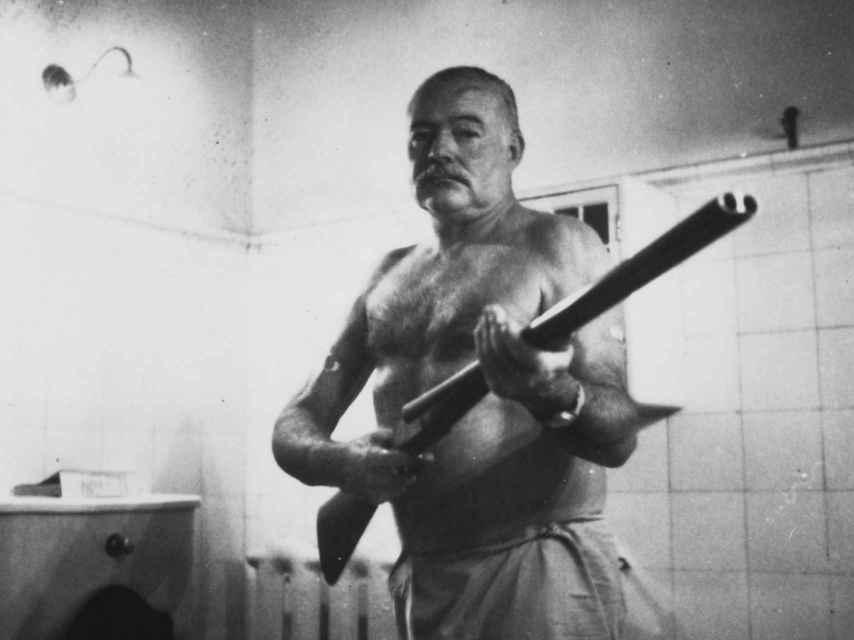 Hemingway en la Finca Vigia, en Cuba.
