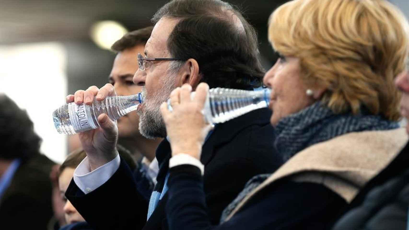 Mariano Rajoy y la presidenta del partido en Madrid, Esperanza Aguirre.