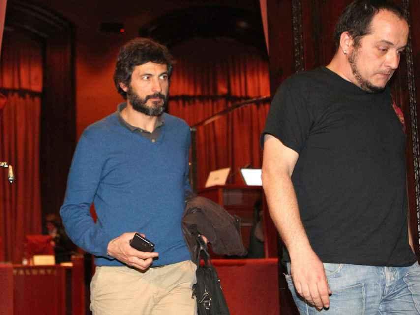 Oleguer Pujol Ferrusola  acompañado de David Fernández.