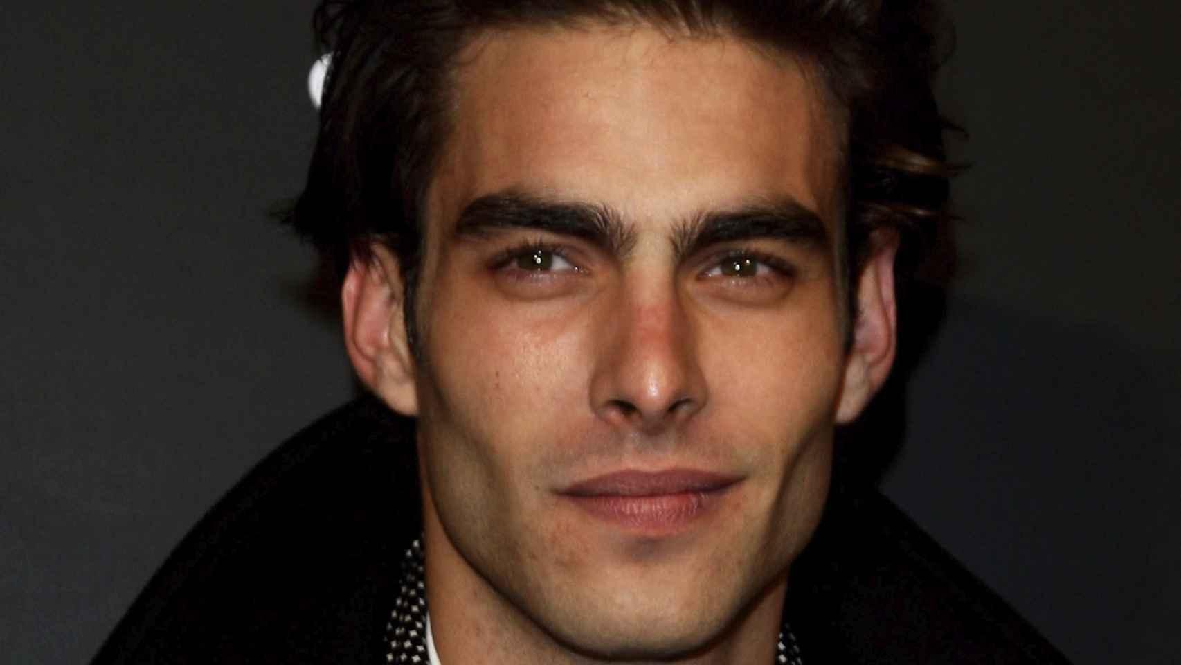 El modelo Jon Kortajarena el 11 de enero de 2010 en Milán, Italia. iStock