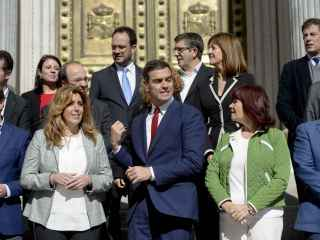 Pedro Sánchez, en octubre con los máximos dirigentes del PSOE.