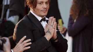 Johnny Depp se disculpa ante los fans en el Festival de Venecia
