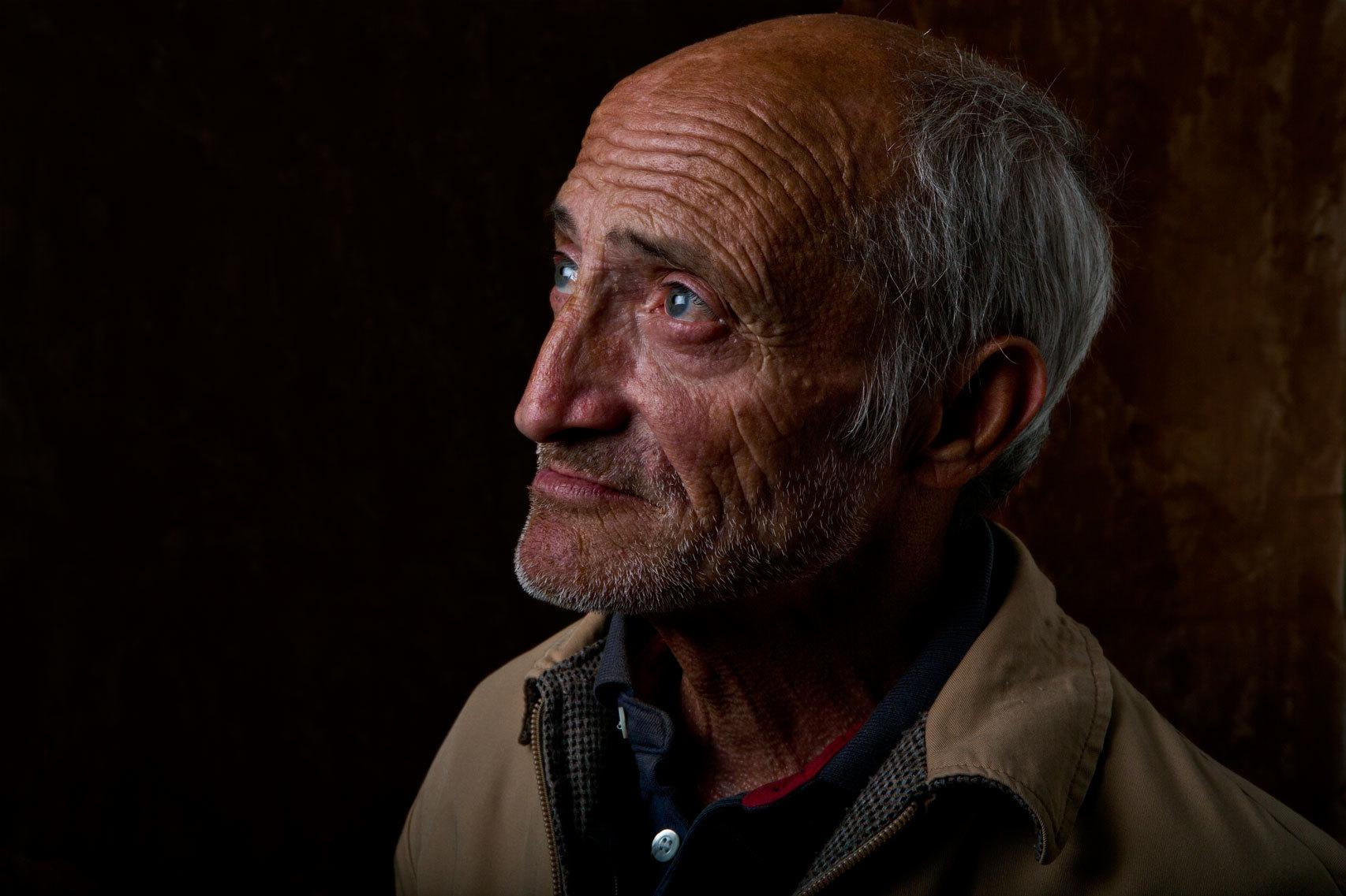 Antonio se quedó sin varios dientes tras una paliza.