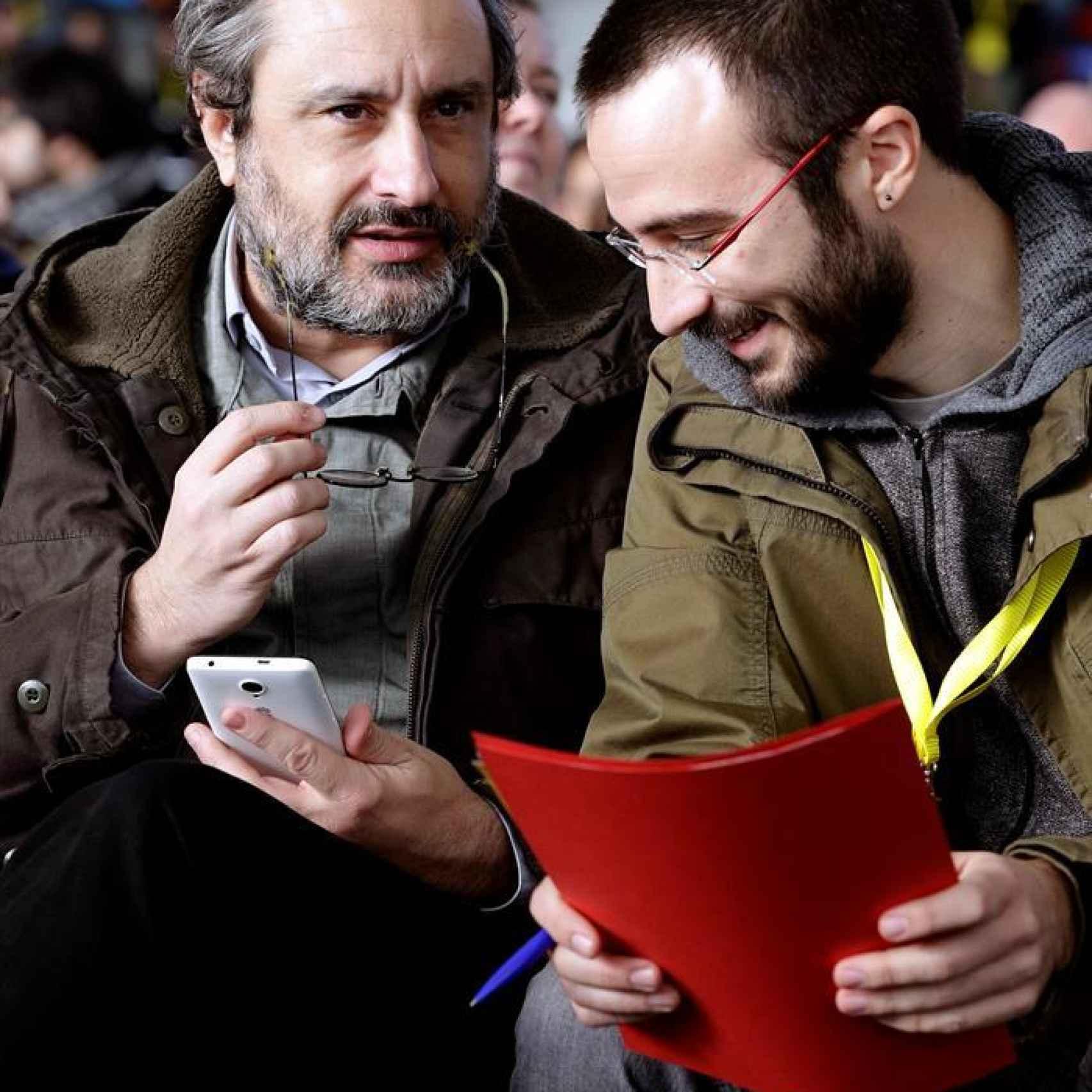 Los diputados de la CUP Antonio Baños (izquierda) y Albert Botrán.