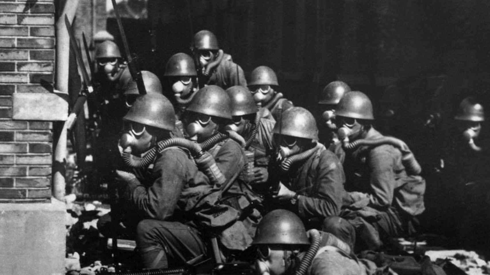 Tropas japonesas en Shanghai en 1937.