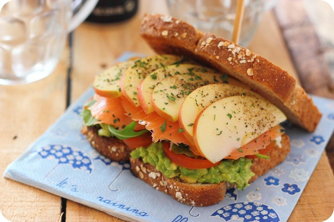 sandwich-salmon-manzana-02