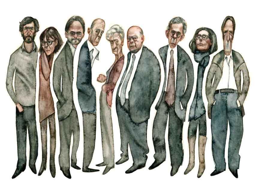 Los nueve miembros de la familia Pujol, con el expresidente catalán y su mujer en el centro.
