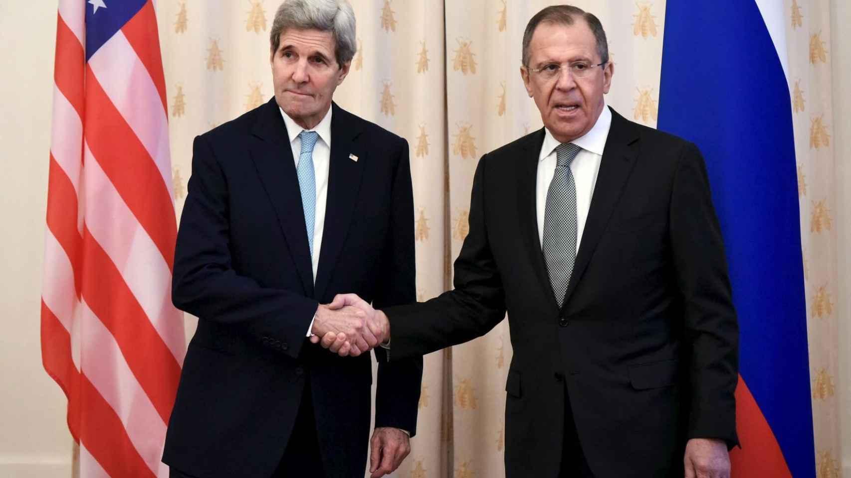 Sergei Lavrov durante una reunión con su homólogo estadounidense, John Kerry.