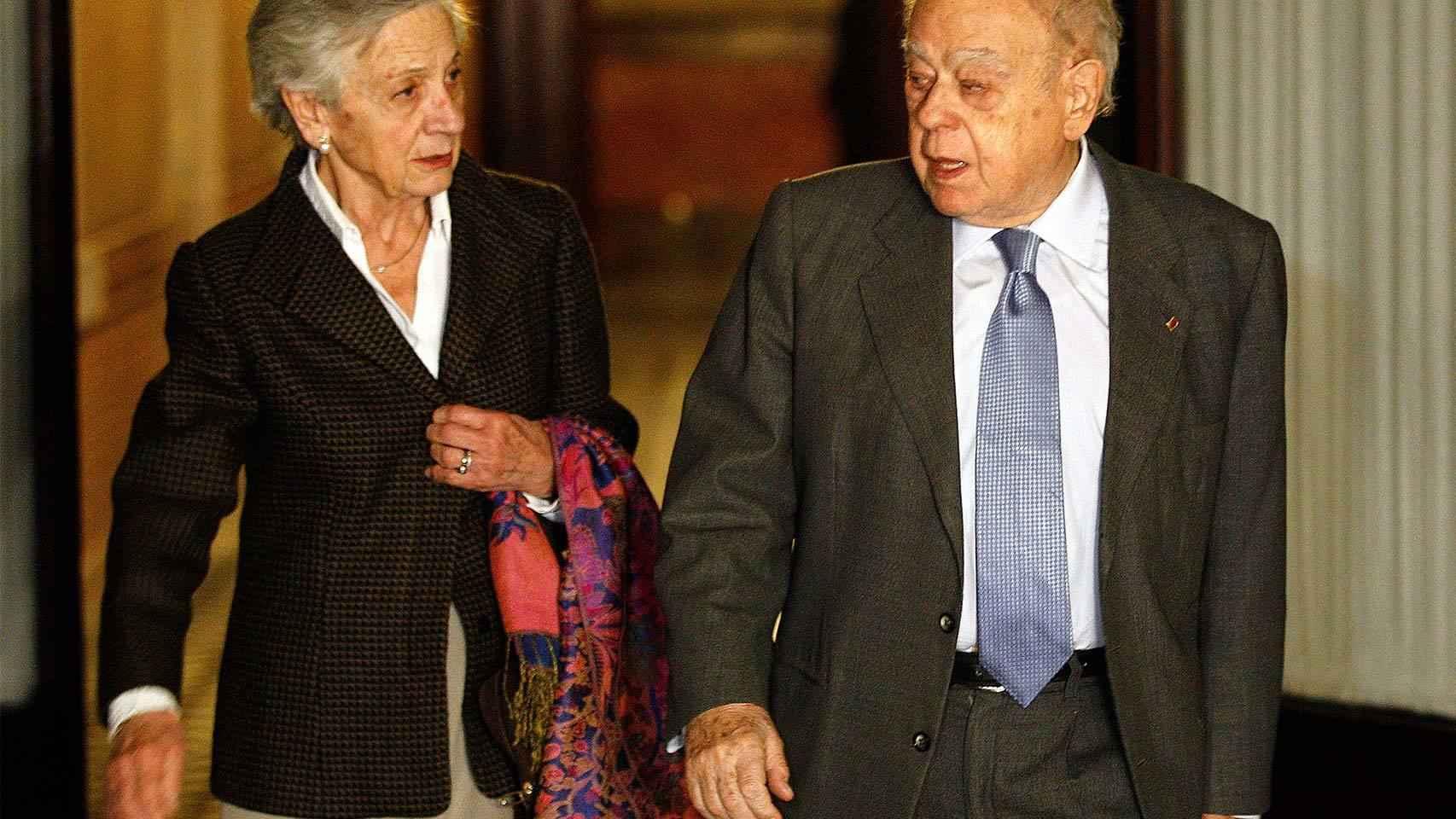 El expresidente Jordi Pujol, junto a su mujer Marta Ferrusola.