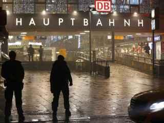 La policía bávara cerró la estación central de Múnich tras recibir la alerta.