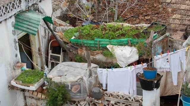 Vista de la casa donde estaba encerrado Carlitos.