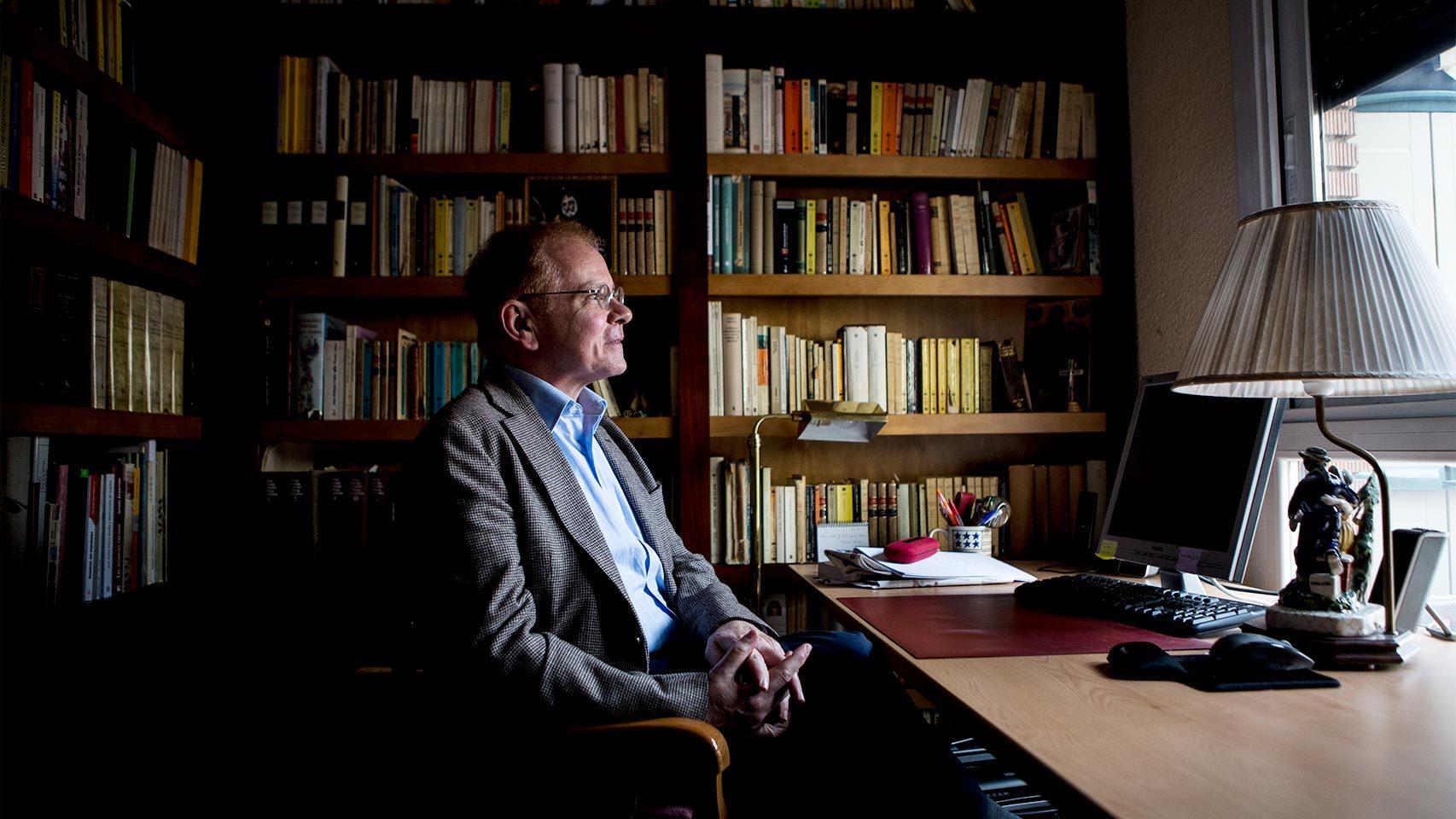 José Maria Marcos en su estudio