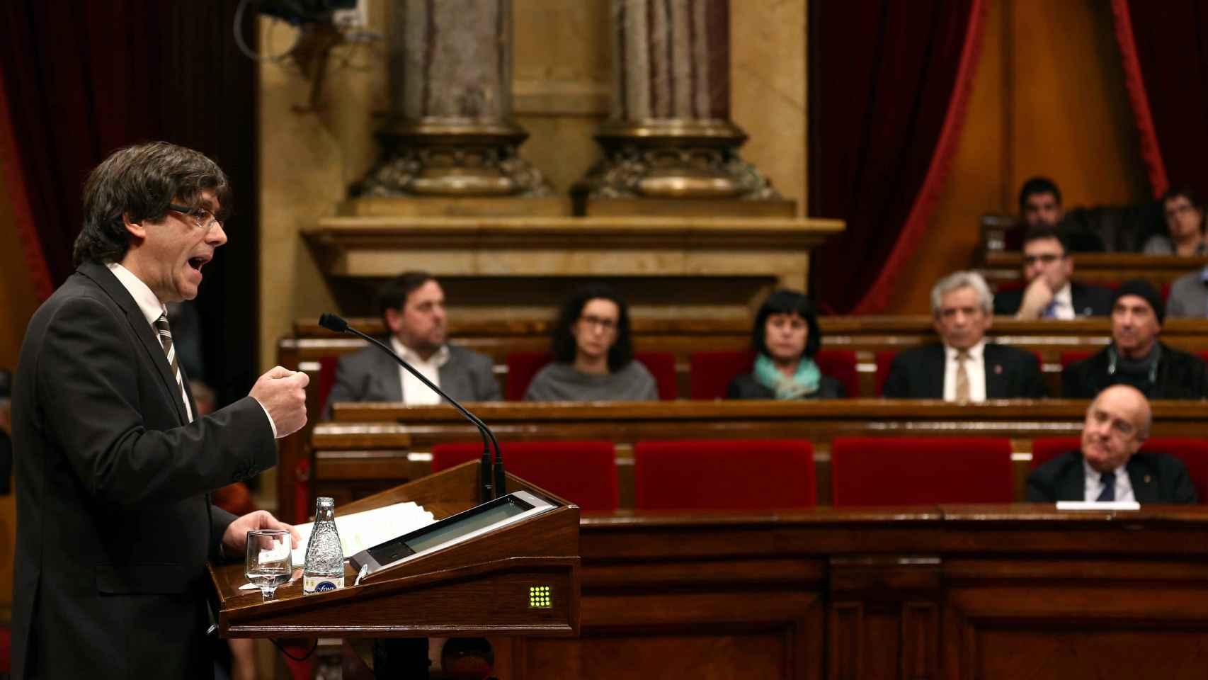 Puigdemont, durante su discurso de investidura en el Parlament.