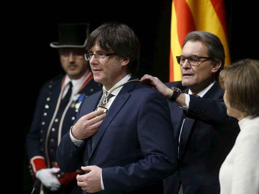 Puigdemont durante la ceremonia de investidura.