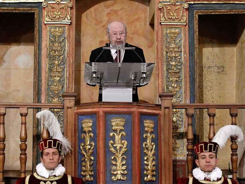 Caballero Bonald, en la ceremonia de entrega del Premio Cervantes de 2012.