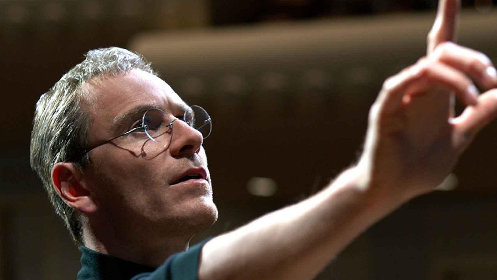 Michael Fassbender, como Steve Jobs en el filme escrito por Aaron Sorkin