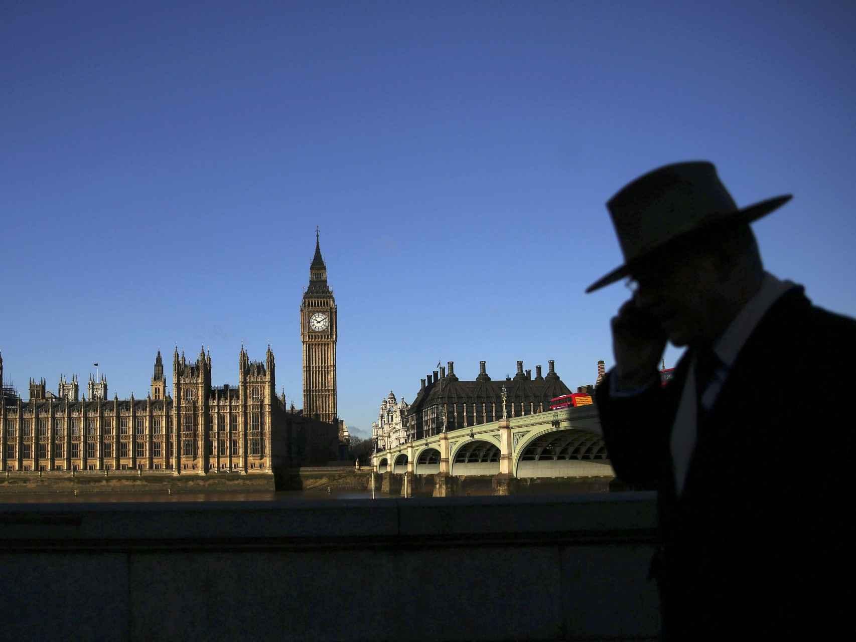 Reino Unido es uno de los países que se fija en la ciencia para hacer política.