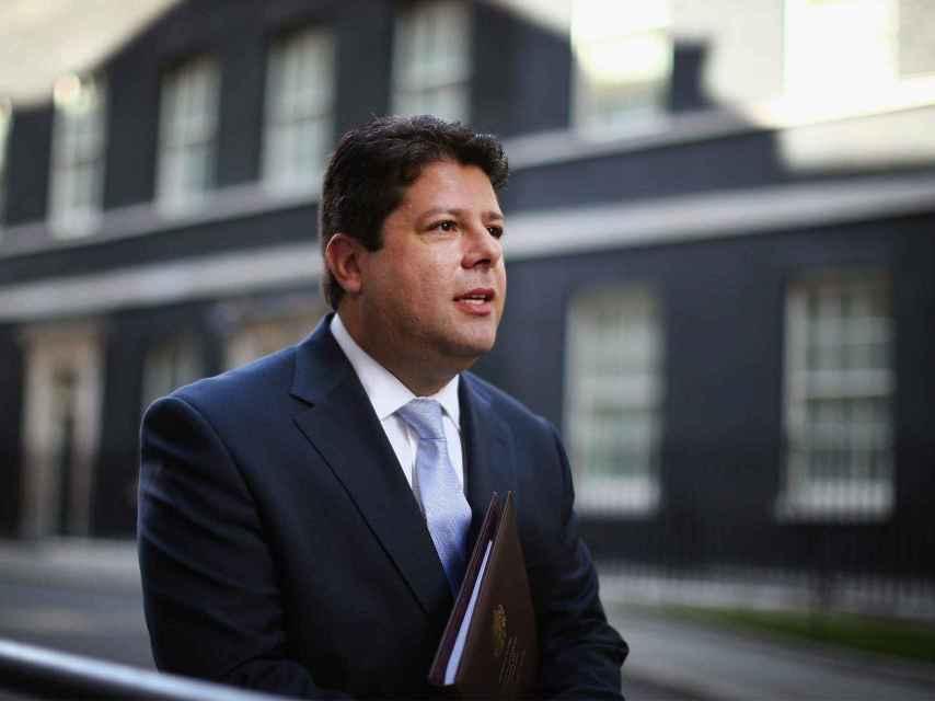 El ministro principal de Gibraltar, Picardo, en un encuentro con Cameron.