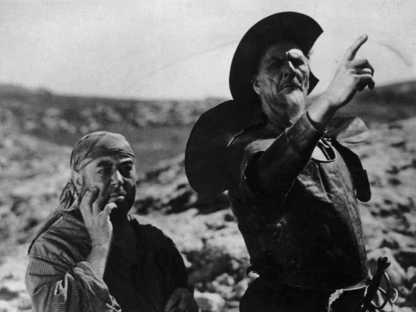El actor francés Fyodor Chaliapin y George Robey en su película Don Quijote.