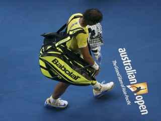 Rafael Nadal se marcha del Open de Australia.