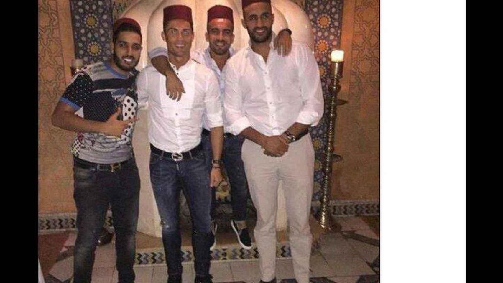 Cristiano y unos amigos en una discoteca de Marrakech