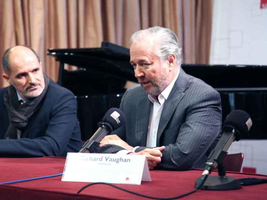 Javier Jacinto (izda.) y Richard Vaughn presentan el concierto Revelación II