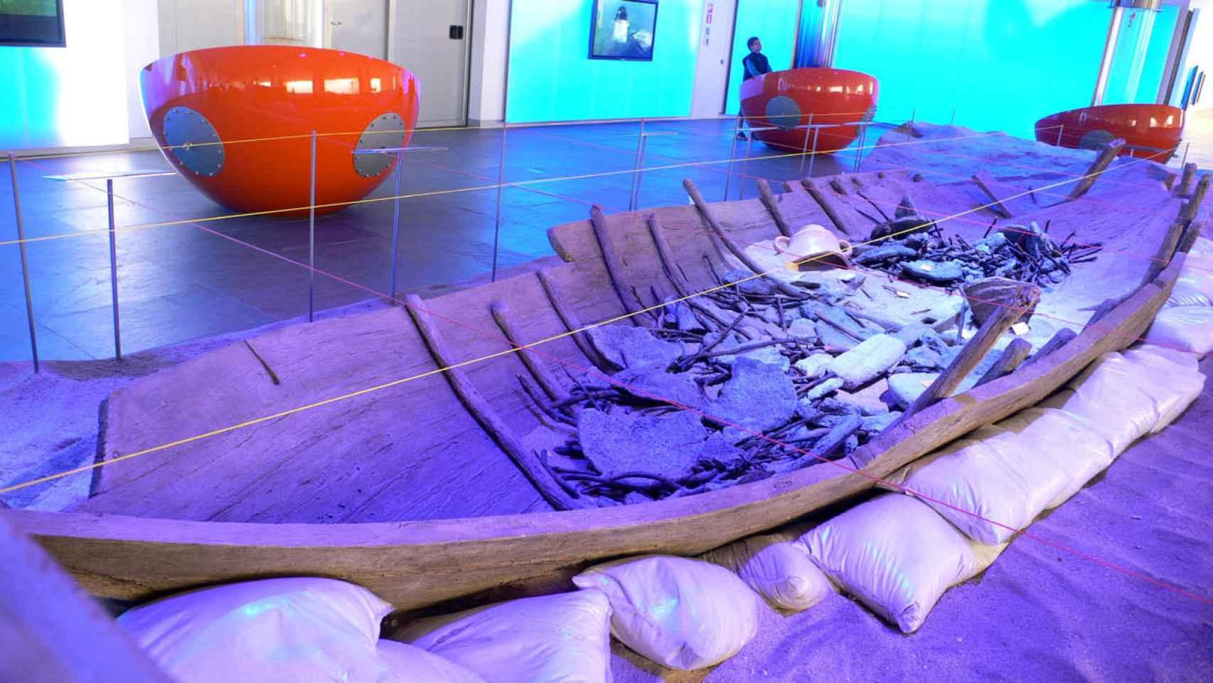 Reconstrucción de un pecio fenicio que se puede visitar en el ARQUA de Cartagena.