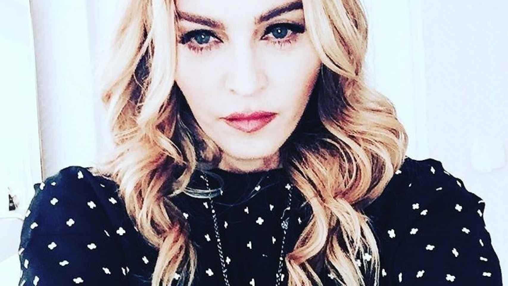 Madonna en el selfie de la discordia en el que se muestra triste y abatida
