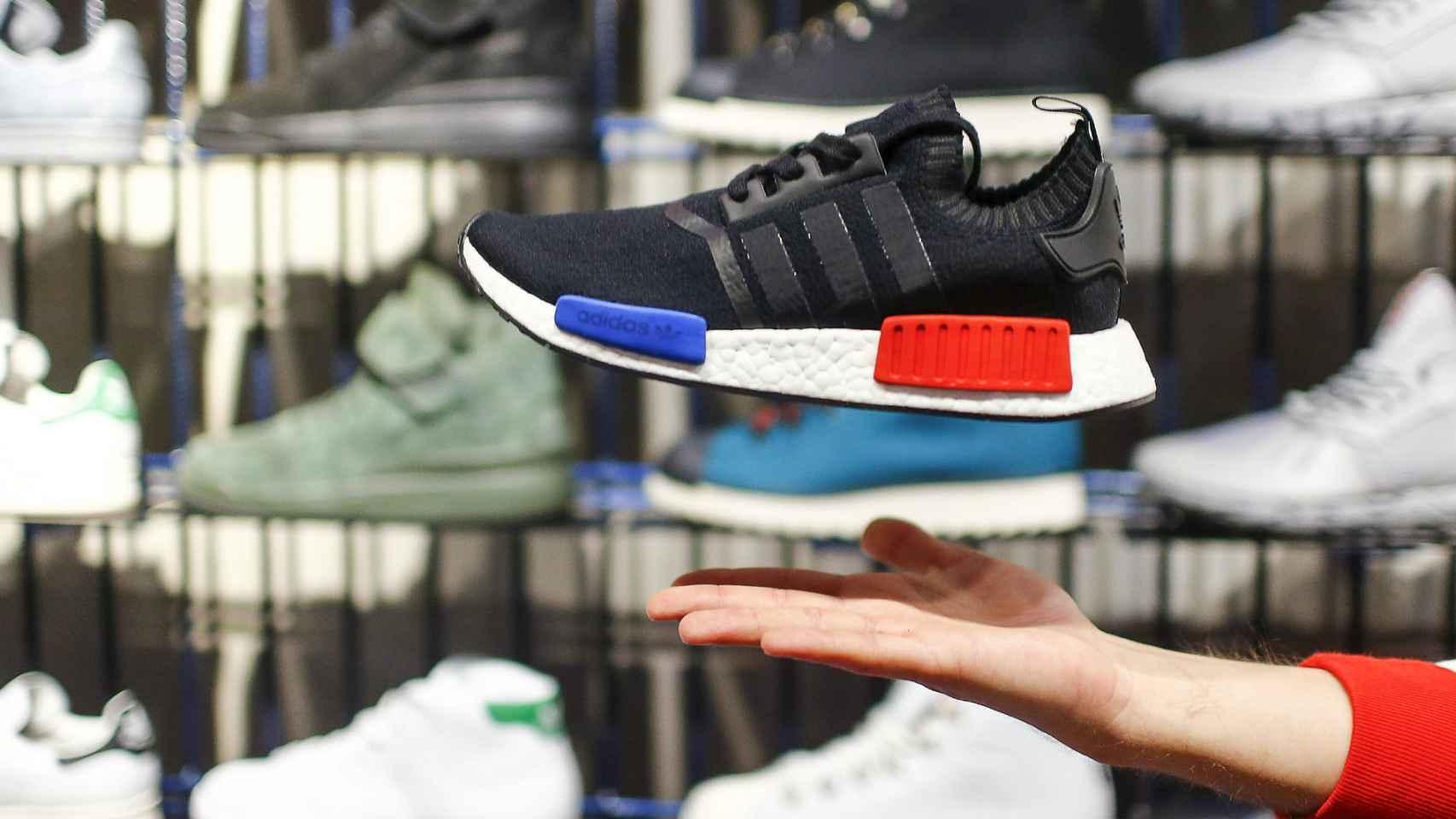 El calzado y el textil, entre los productos más comprados por Internet.