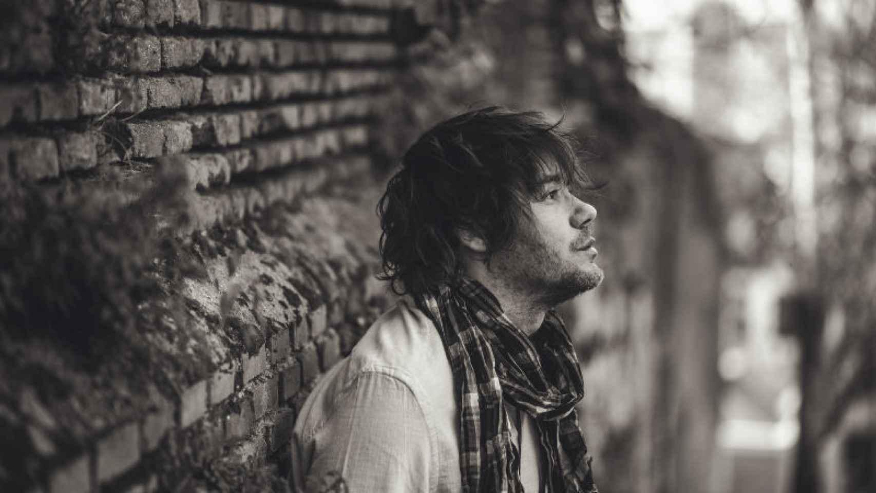 El cantante y escritor Luis Ramiro