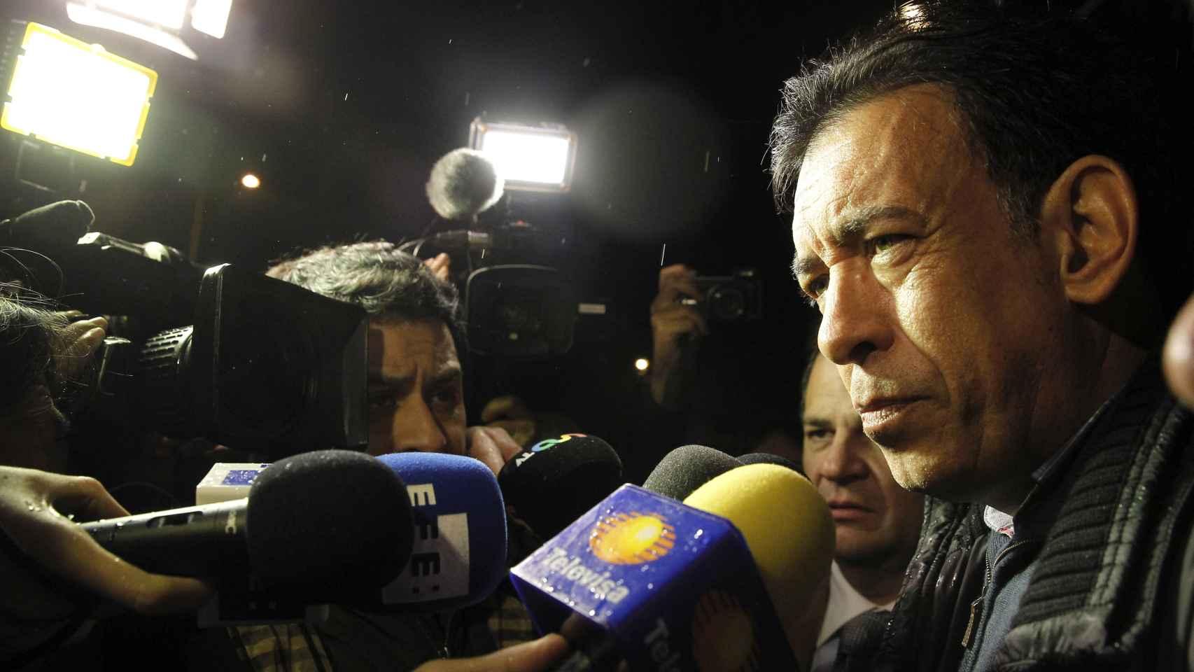 Humberto Moreira, exgobernador de Coahuila, a su salida de la cárcel de Soto del Real