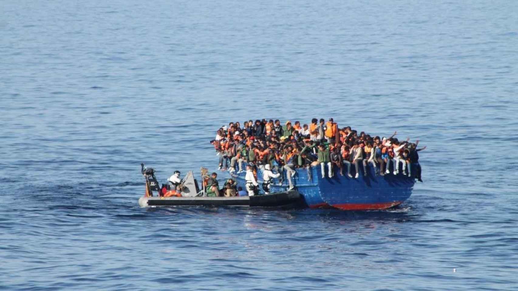 Las rhibs son las primeras en alcanzar las embarcaciones auxiliadas.