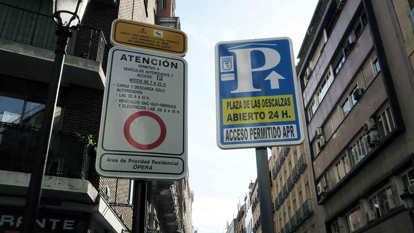 La nueva señal instalada en la calle Leganitos 24 en Madrid